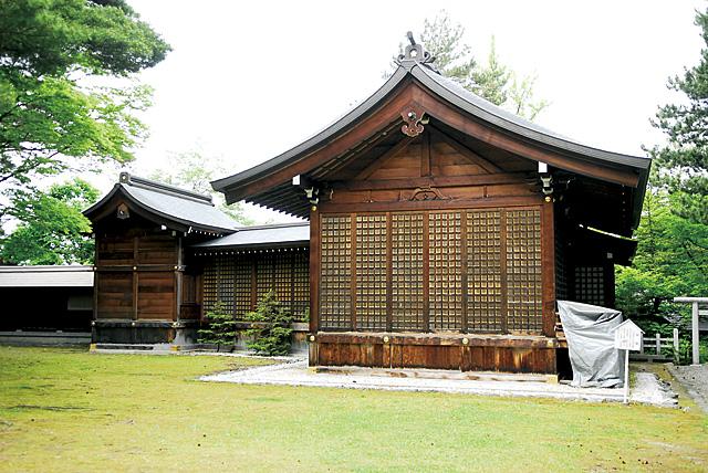 北海道唯一の本格的な能舞台「舞殿」